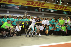 1. Lewis Hamilton, Mercedes AMG F1; 3. Valtteri Bottas, Mercedes AMG F1