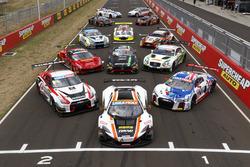 Групове фото всіх машин