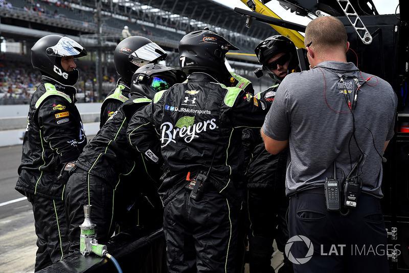 Boxencrew für Justin Allgaier, JR Motorsports