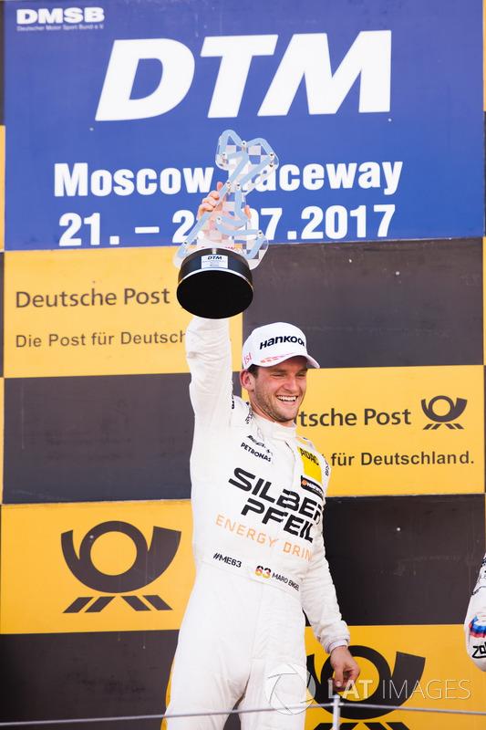 Подіум: переможець Маро Енгель, Mercedes-AMG Team HWA, Mercedes-AMG C63 DTM
