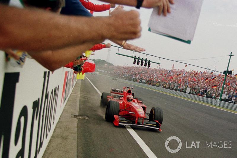 Ganador de la carrera Michael Schumacher, Ferrari