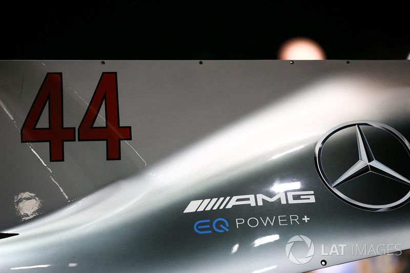 Motorhauben-Finne vom Auto von Lewis Hamilton, Mercedes AMG F1 W08