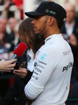 Lewis Hamilton, Mercedes AMG F1 W08 with the media