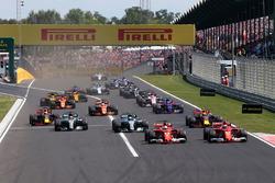 Sebastian Vettel, Ferrari SF70-H Kimi Raikkonen, Ferrari SF70-H