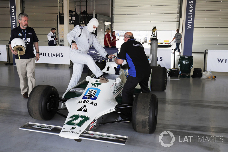 Демонстрація Williams FW07 Алана Джонса