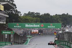 Kimi Raikkonen, Ferrari SF16-H crashed out of the race