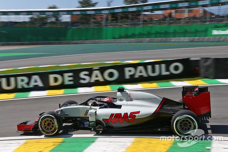 Romain Grosjean, Haas F1 Team VF-16 with the Halo cockpit cover