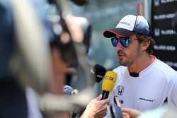 Fernando Alonso, McLaren with the media