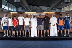 الحضور قبيل انطلاق رالي قطر الصحراوي من حلبة لوسيل