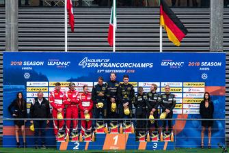 Podio: #80 Ebimotors Porsche 911 RSR: Fabio Babini, Riccardo Pera, Bret Curtis