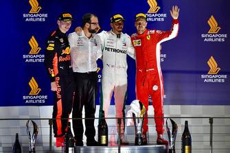 (L to R): Max Verstappen, Red Bull Racing, Lewis Hamilton, Mercedes AMG F1 and Sebastian Vettel, Ferrari celebrate on the podium