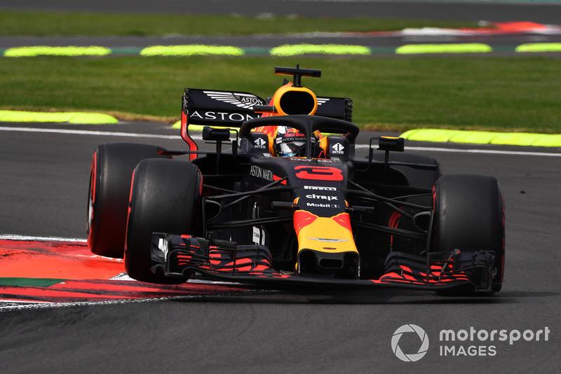 Ricciardo valt opnieuw uit