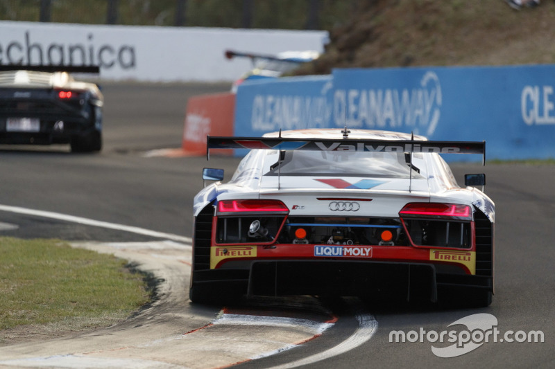 #75 Jamec Pem Racing, Audi R8 LMS: Garth Tander, Christopher Mies, Christopher Haase