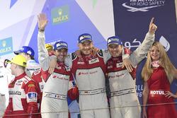 المنصة: المركز الثاني رقم 7 فريق أودي سبورت جوست آر18 إي-ترون كواترو: مارسل فاسلر، أندريه لوتيرر، بي