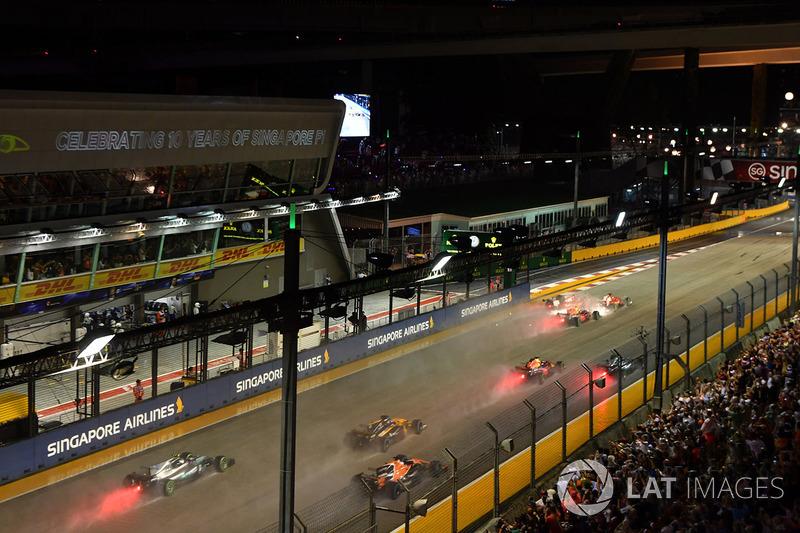 Себастьян Феттель, Ferrari SF70H, Макс Ферстаппен, Red Bull Racing RB13, Кімі Райкконен, Ferrari SF70H