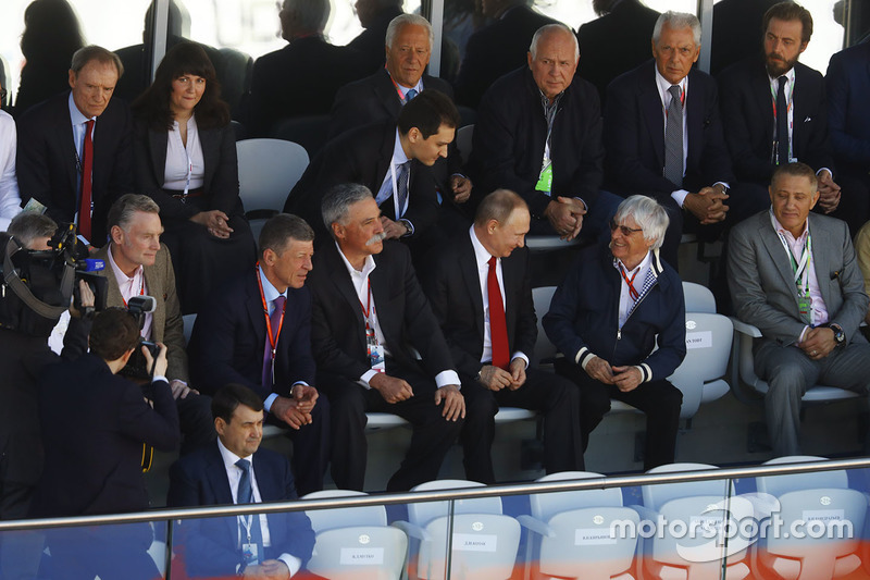 Dmitry Kozak, Deputy Prime Minister of the Russian Federation, Chase Carey, Chief Executive Officer and Executive Chairman of the Formula One Group, Vladimir Putin, President of Russia and Bernie Ecclestone