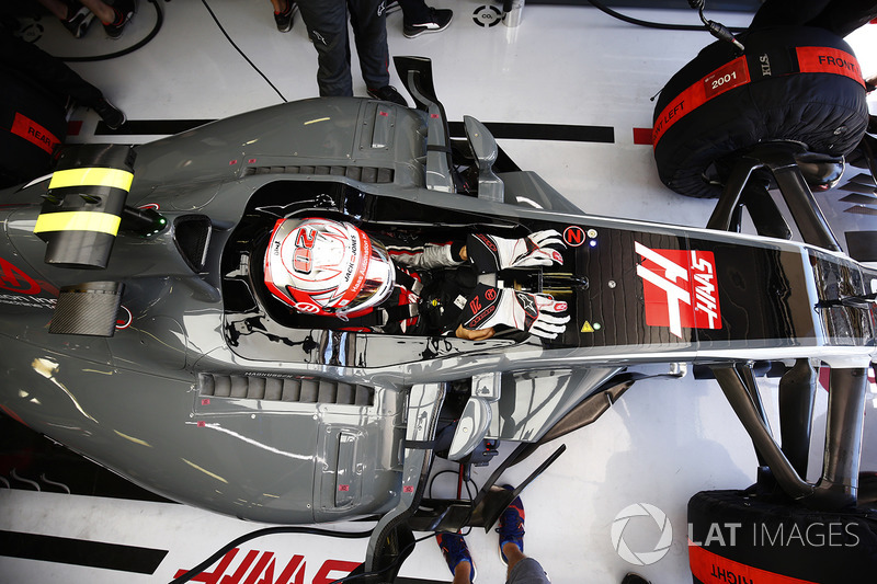 Kevin Magnussen, Haas F1 Team ien el garaje