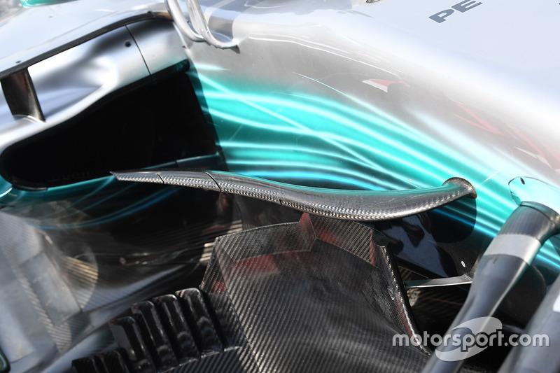 Детали средней части Mercedes F1 W08