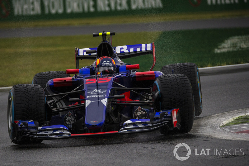 9. Карлос Сайнс-мол., Scuderia Toro Rosso STR12 - 36