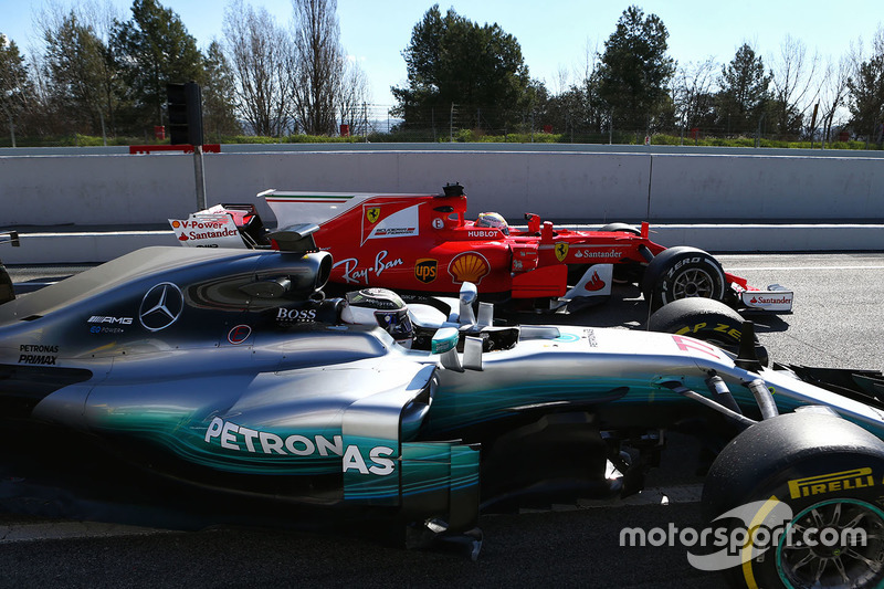 Схватка Ferrari и Mercedes