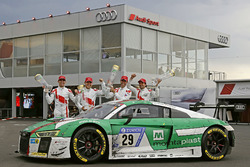Yarış galibi #29 Audi Sport Team Land-Motorsport, Audi R8 LMS: Christopher Mies, Connor De Phillippi