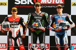 Yarış galibi Toprak Razgatlioglu, Puccetti Racing, 2. Michael Ruben Rinaldi, third place Florian Marino