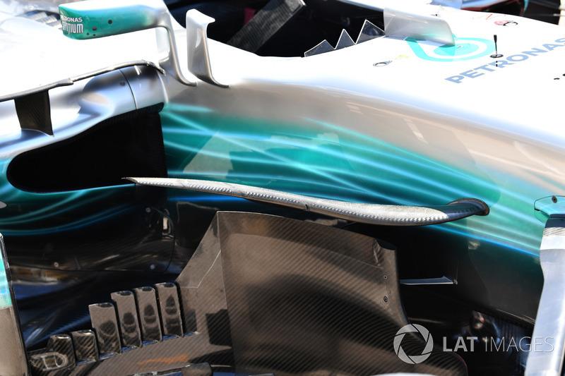 Mercedes-Benz F1 W08: Windabweiser und Luftleitbleche