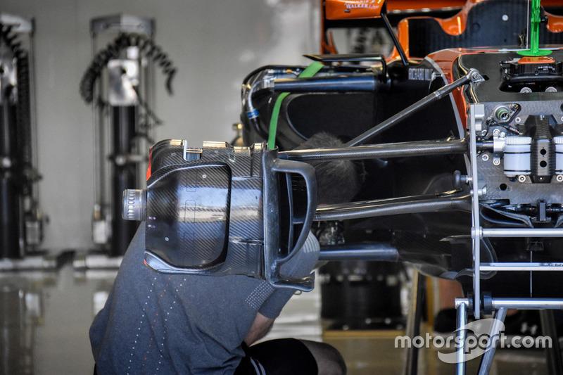 Гальма McLaren MCL32