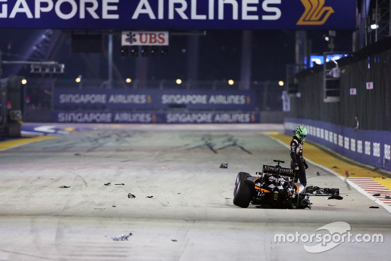 حادث نيكو هلكنبرغ، فورس إنديا مع انطلاقة السباق