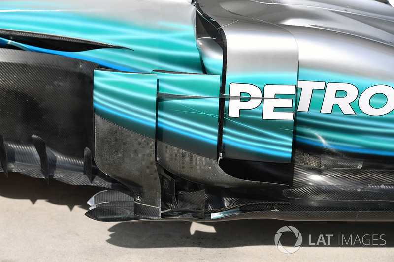 Detalle del bargeboard del Mercedes-Benz F1 W08
