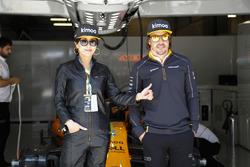 Actress Carina Lau met Fernando Alonso, McLaren