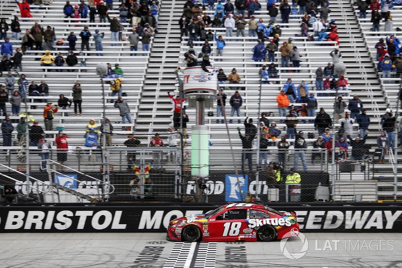 Kyle Busch, Joe Gibbs Racing takes the win