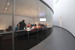Deelnemers McLaren World's Fastest Gamer aan het werk