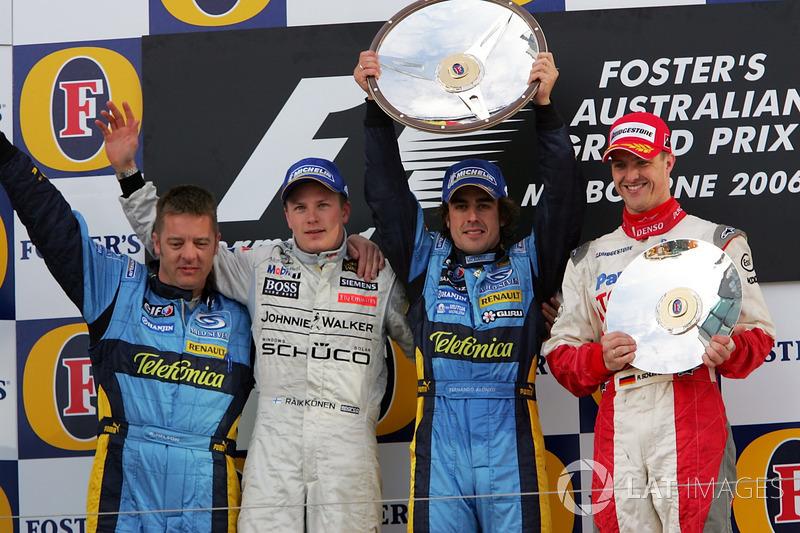 Podio: segundo puesto Kimi Raikkonen, McLaren, ganador de la carrera Fernando Alonso, equipo Renault