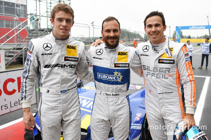 Qualifiche: Polesitter Gary Paffett, Mercedes-AMG Team ART, Mercedes-AMG C63 DTM; terzo qualificato Paul Di Resta, Mercedes-AMG Team HWA, Mercedes-AMG C63 DTM; secondo qualificato Robert Wickens, Mercedes-AMG Team HWA, Mercedes-AMG C63 DTM