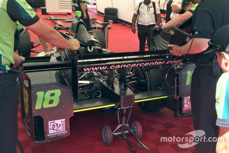 Conor Daly, Dale Coyne Racing Honda, crashed car