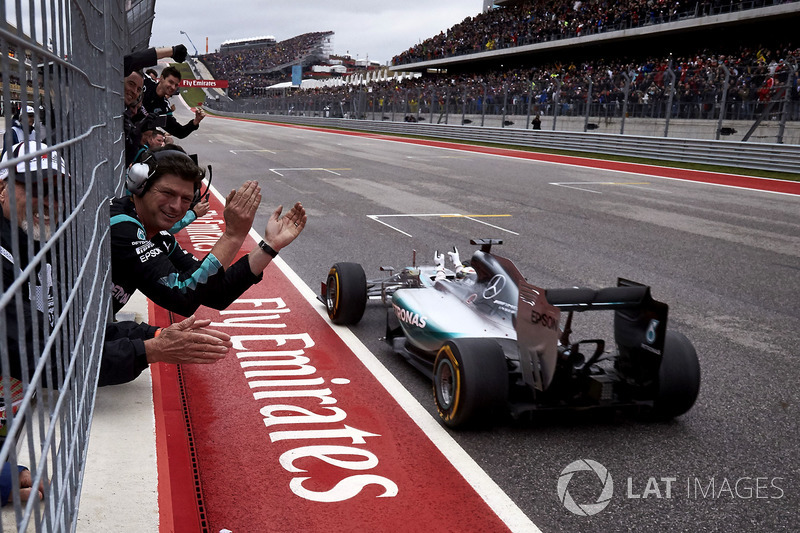 2015 - Austin : Lewis Hamilton, Mercedes F1 W06 Hybrid