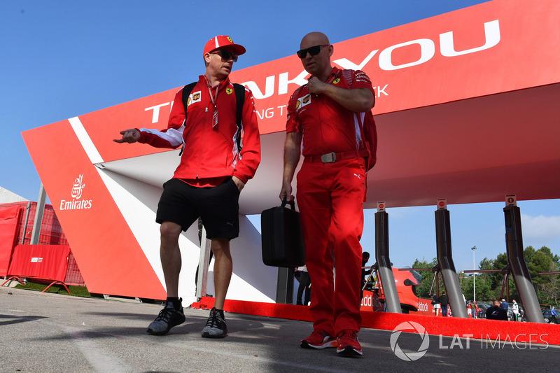 Kimi Raikkonen, Ferrari y su entrenador Mark Arnall