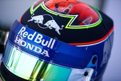 The helmet of Brendon Hartley, Toro Rosso