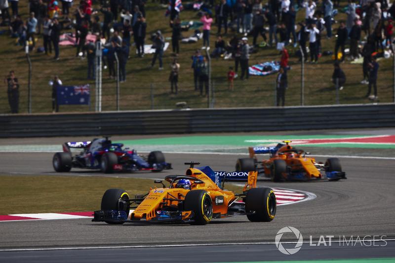 Fernando Alonso, McLaren MCL33 Renault, Stoffel Vandoorne, McLaren MCL33 Renault, Brendon Hartley, Toro Rosso STR13 Honda
