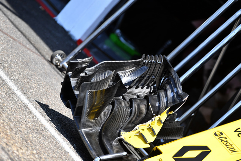 Renault Sport F1 Team R.S. 18 detalle del ala frontal