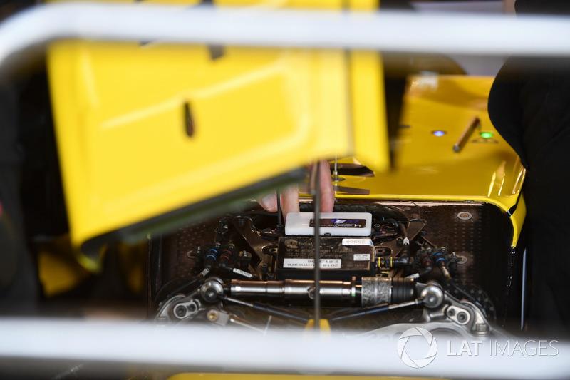 Suspension avant de la Renault Sport F1 Team R.S. 18