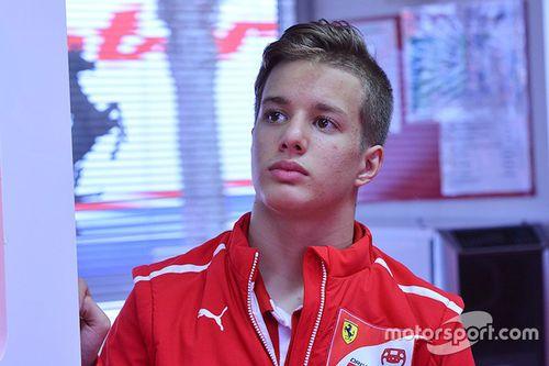 Anuncio Ferrari Driver Academy
