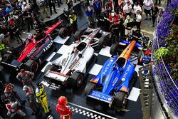 1. Will Power, Team Penske Chevrolet; 2. Scott Dixon, Chip Ganassi Racing Honda; 3. Robert Wickens, Schmidt Peterson Motorsports Honda
