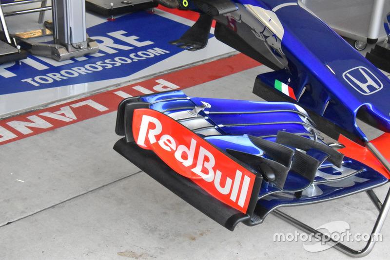 Переднє антикрило Scuderia Toro Rosso STR13