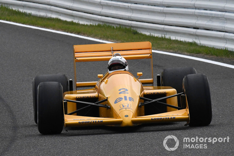 Сатору Накаджима, Lotus 100T, Legends F1 30th Anniversary Lap Demonstration