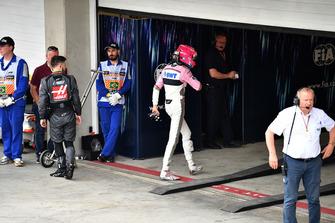 Esteban Ocon, Racing Point Force India, nel parco chiuso