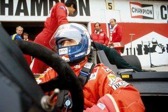 Alain Prost, McLaren MP4/2; Ron Dennis; Jo Ramirez
