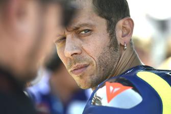 MotoGP 2018 Valentino-rossi-yamaha-factor-1