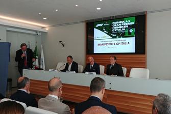 Atmosfera della conferenza stampa